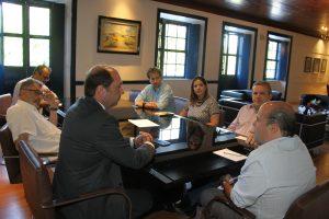 Prefeito Roberto Cláudio discute ações de prevenção a homicídios de adolescentes