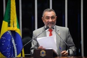 Telmário critica recondução de Jucá a cargo na Mesa do Senado