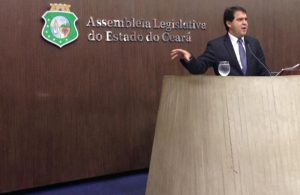 Evandro-Leitão,-líder-do-Governo-na-Assembleia-Legislativa-do-Ceará