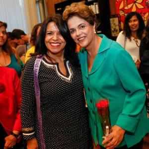 Sírley Soalheiro com Dilma Roussef - agosto de 2016.