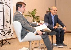 Gustavo Fruet afirma que Curitiba cobre despesas do SUS que seriam do Governo Federal