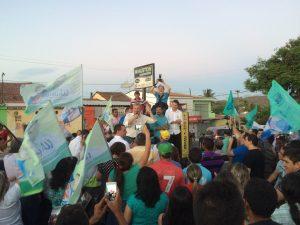 Itapiúna mostra a força do 12 com o prefeito Wauston Luis