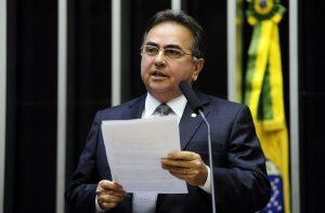 Proposta de Leônidas Cristino estende incentivos fiscais para empresas que atuam em terminal privado