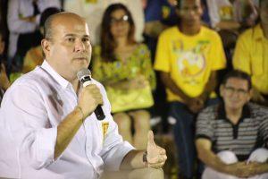 2Roberto Cláudio participa de bate-papo com artistas e representantes da cultura de Fortaleza (CE)
