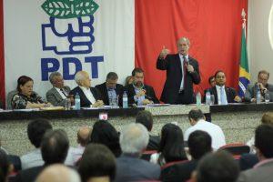 Lupi afirma, em reunião da Executiva, que candidatura de Ciro é irreversível